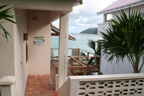 photo of entrance to applesurf villa located on the ocean beach at apple bay tortola
